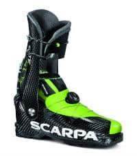 Photo: Carbon beherrscht dieses Racer-Modell: Neben der Verschlussplatte vorne oben bestehen auch der Schaft und die Schale aus Carbon.